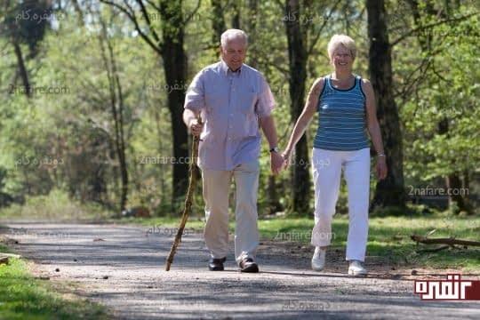پیاده روی آرام برای تقویت مفاصل و ماهیچه ها