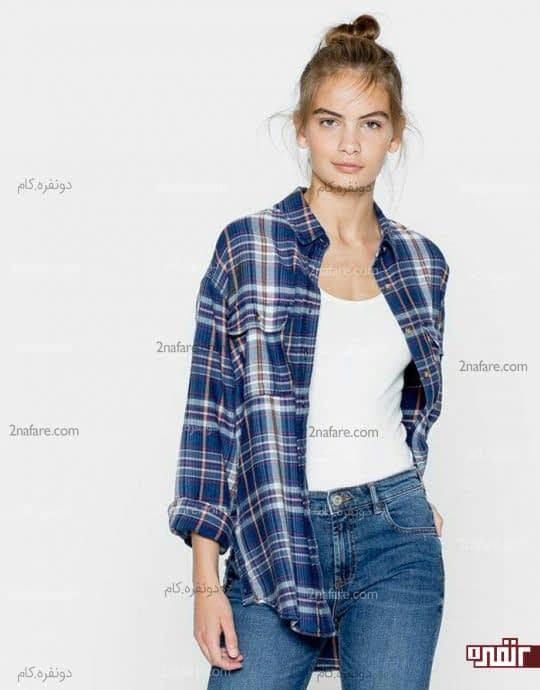 پیراهن چهارخونه آبی و شلوار جین