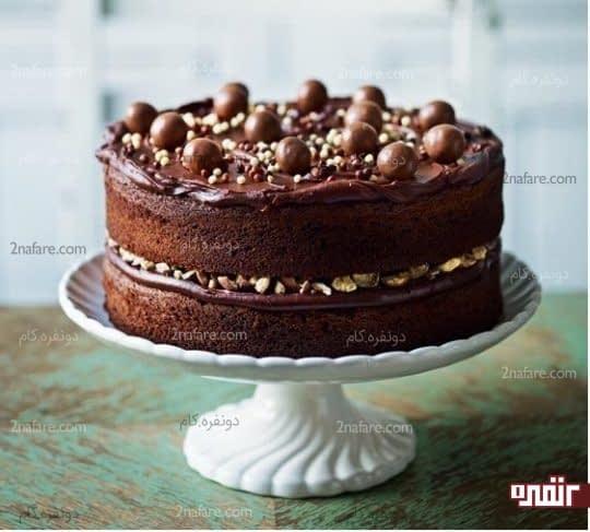 کیک تولد شکلاتی زیبا و جذاب
