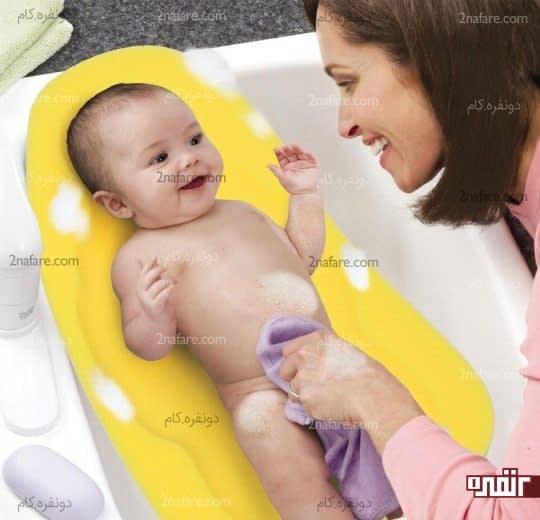 حمام کردن برای کاهش تب نوزادان