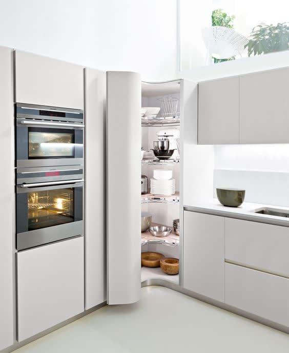 کابینت کنجی برای ذخیره سازی لوازم آشپزخانه • دونفره