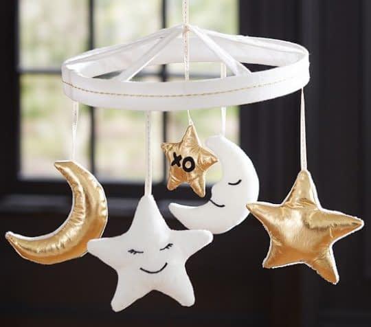 آویز ماه و ستاره برای تزیین تخت کودک
