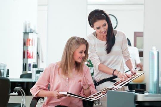 انتخاب رنگ موی مناسب برای انواع پوست