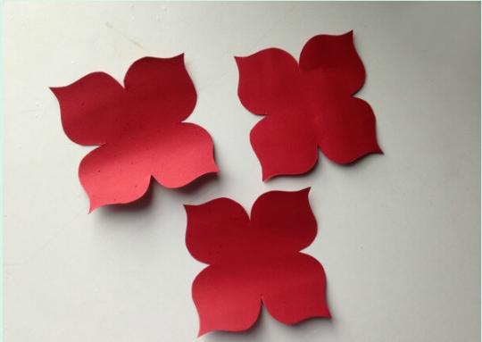 برش و جداسازی گلبرگ ها
