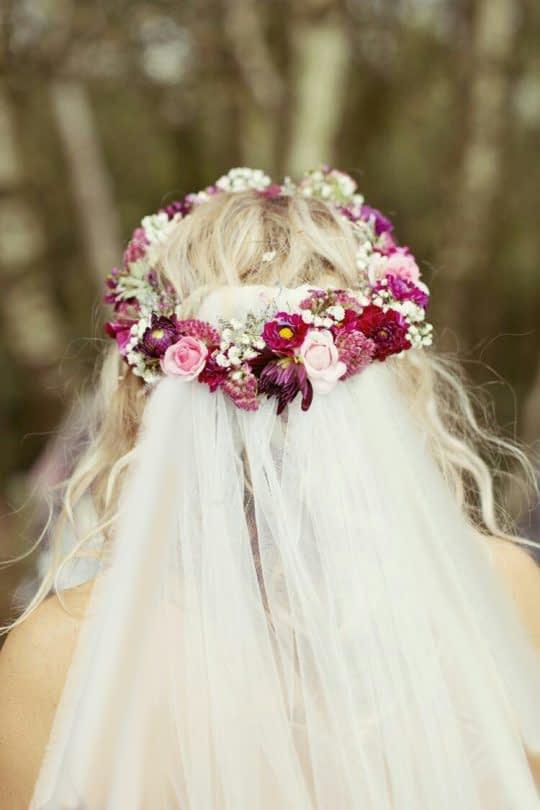 تاج گل عروس و تور