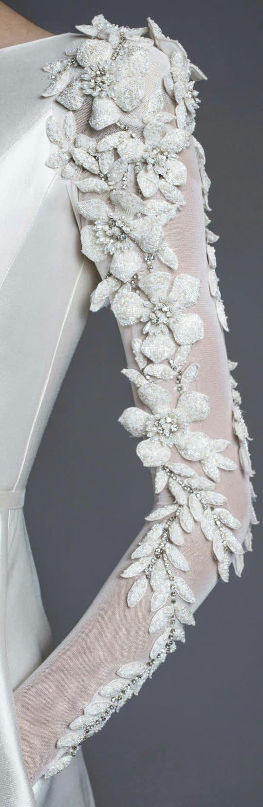 تزیینات آستین لباس عروس