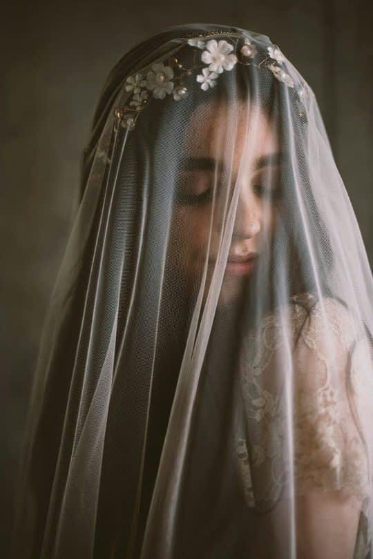 تل عروس گلدار و تور سر
