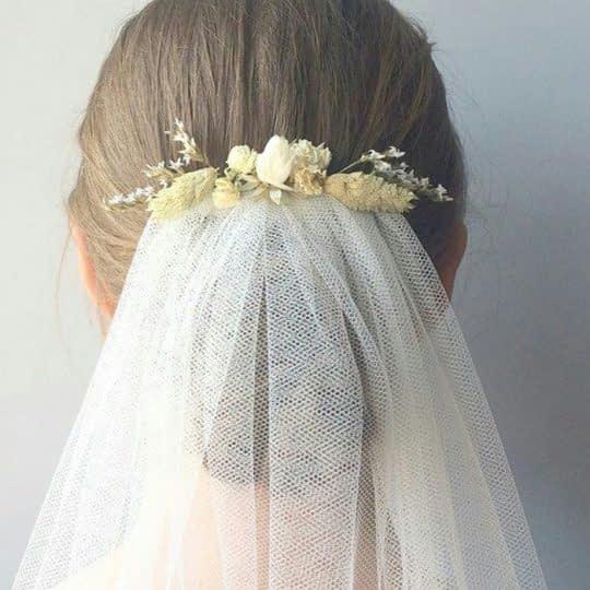 تور و گل سر عروس