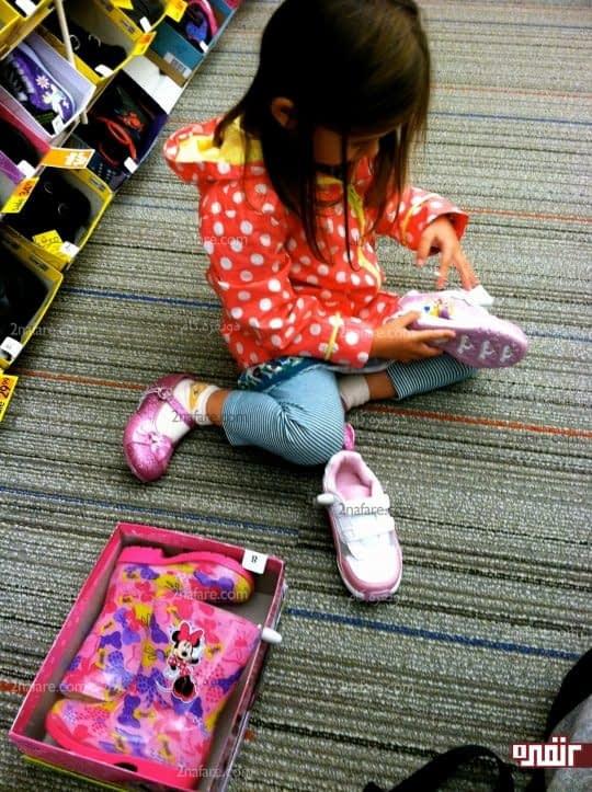 درانتخاب کفش به سلیقه ی کودکتون احترام بگذارین