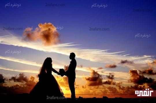 ساعت طلایی عکاسی عروس و داماد در غروب