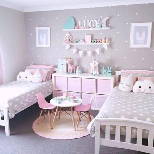 طراحی دکور اتاق کودک به رنگ صورتی