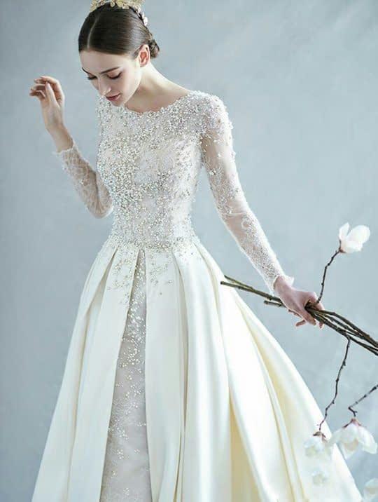 لباس آستین بلند دانتل کار شده عروس