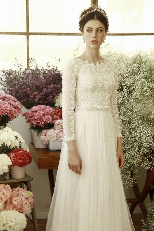 لباس عروس آستین بلند مردارید دوزی