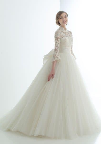 لباس عروس آستین دار با دامن حریر پفی