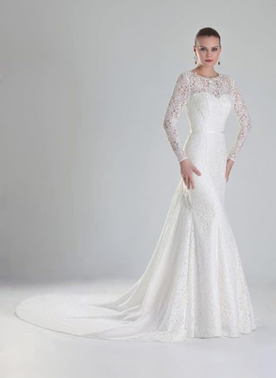 لباس عروس بلند و آستین دار
