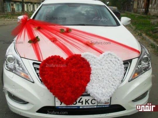 ماشین عروس با تزیینات خوش رنگ و طرحی زیبا
