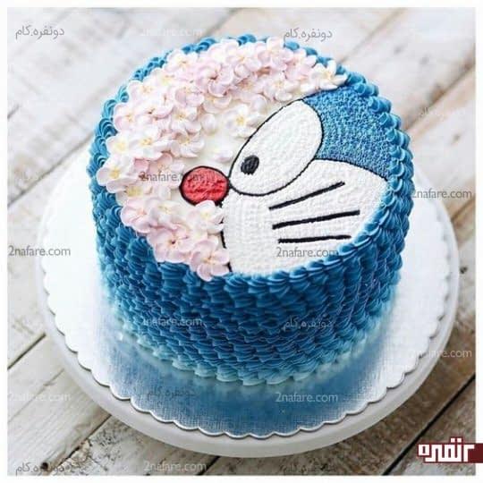 مدل کیک تولد پسرونه شیک و زیبا با روکش باتر کریم و طرح کارتونی