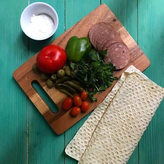 مواد لازم جهت تهیه ساندویج رولی