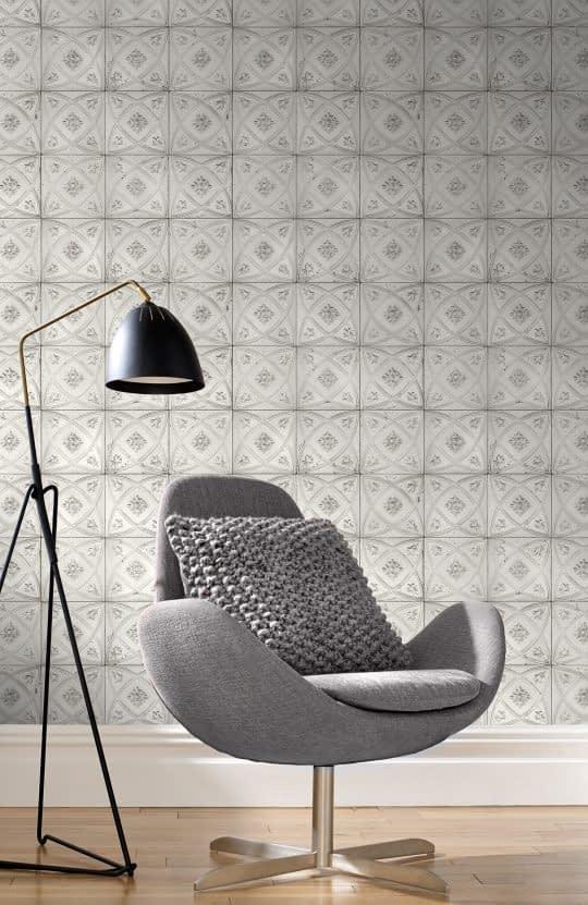 کاغذ دیواری با زمینه ی طوسی و طرح های هندسی مخصوص فضاهای کوچک
