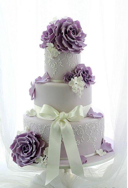 کیک زیبا و رمانتیک عروسی