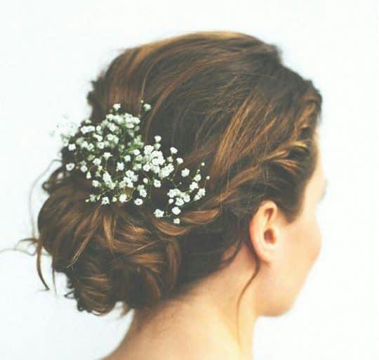 گل ریز طبیعی برای شینیون عروس