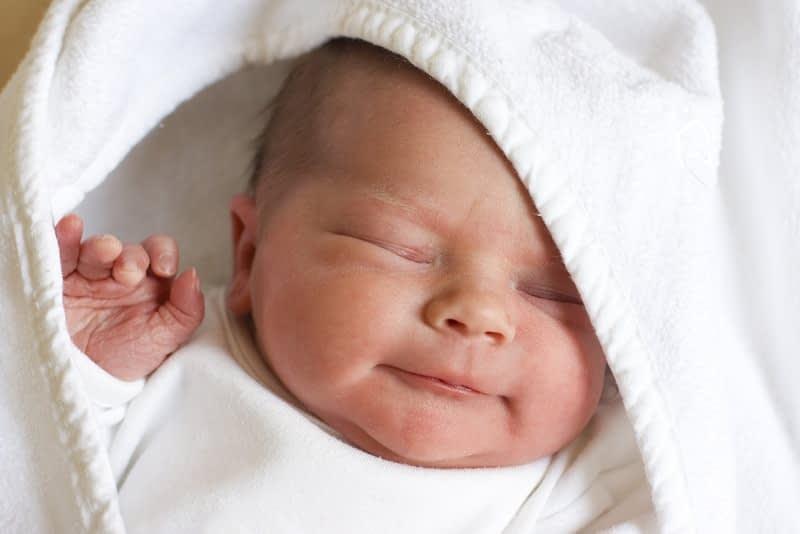رطوبت بدن نوزادان رو کنترل کنین