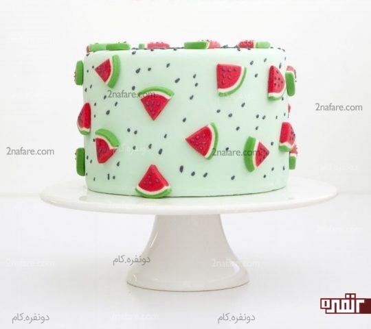 تزیین کیک با باترکریم و پاستیل هندوانه ای