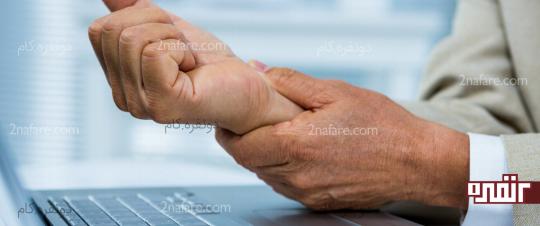 بی حسی دست به دلیل آسیب مجرای مچ دست