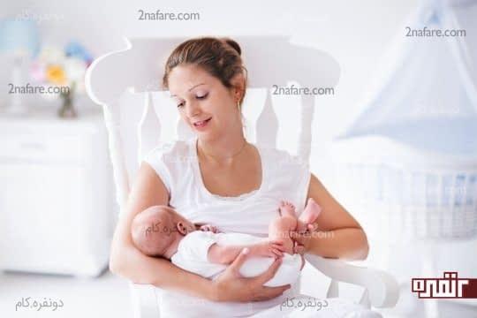همیشه توصیه میشه که نوزاد تا شش ماه فقط با شیر مادر تغذیه بشه