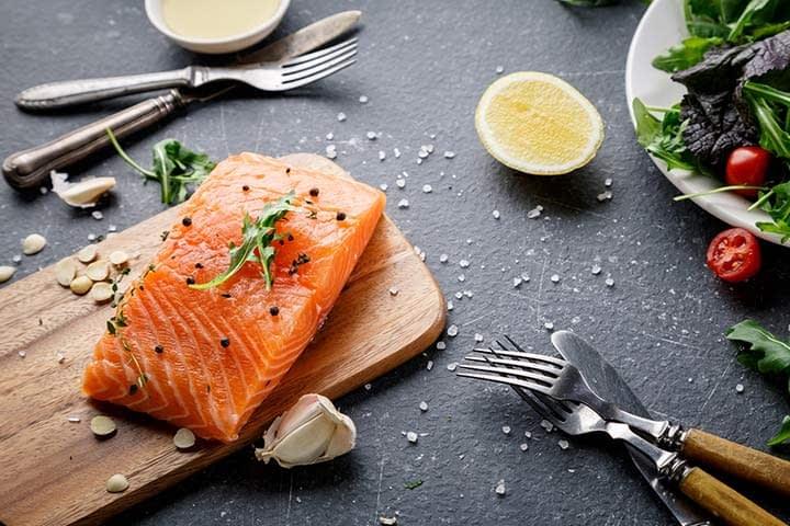 ماهی سالمون به بارداری کمک میکنه