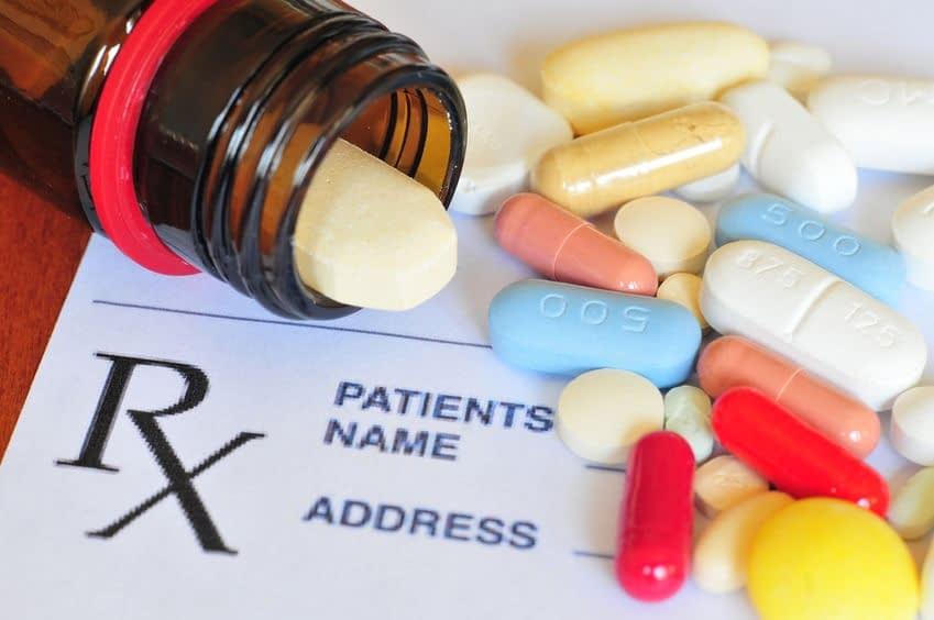 تمام داروهایی رو که مصرف میکنین باید به پزشکتون بگین