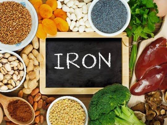 مصرف غذاهای غنی از آهن در ماه اول بارداری