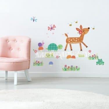 استیکر زیبا برای اتاق کودکان