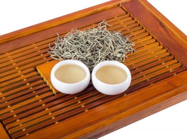 چای سفید و فوایدی که برای بدن داره