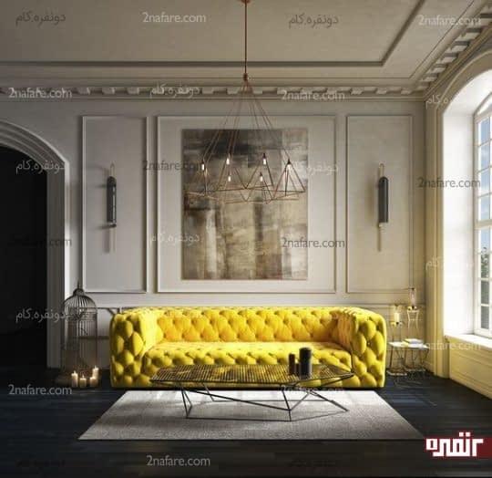 مبل راحتی زرد رنگ در فضایی با رنگ های خنثی