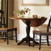 میز صبحانه خوری گرد و تاشو برای قرار دادن کنار دیوار