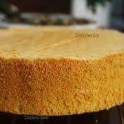 سطح صاف و بافت اسفنجی و ابری کیک
