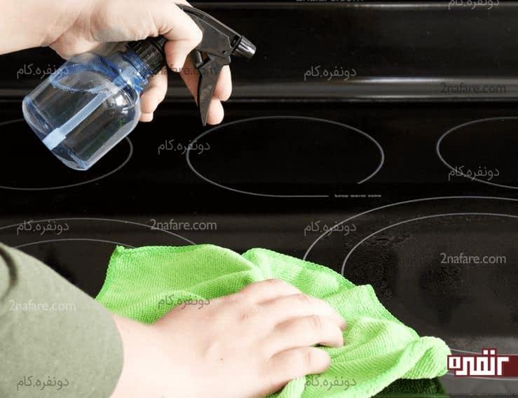 روشی برای تمیز کردن اجاق گاز شیشه ای
