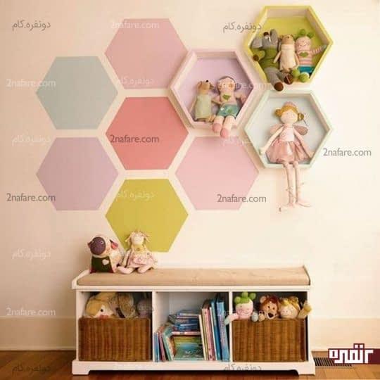 رنگ آمیزی دیوار اتاق کودک و شلف های رنگی و زیبا