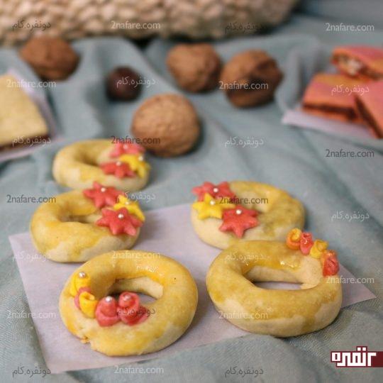 طرز تهیه شیرینی خرمایی با گلهای مینیاتو