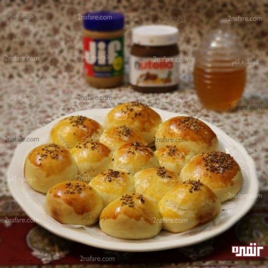 طرز تهیه نان کندوی عسل