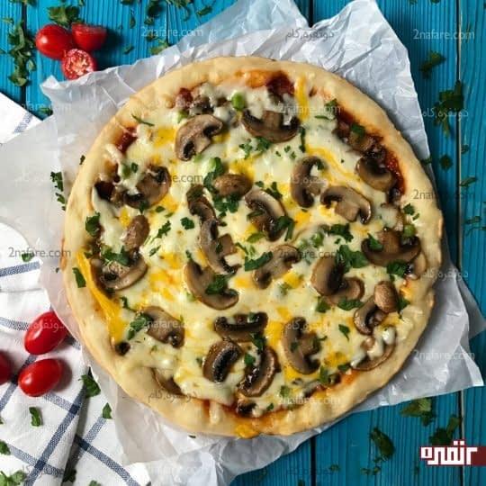پیتزا روی گاز