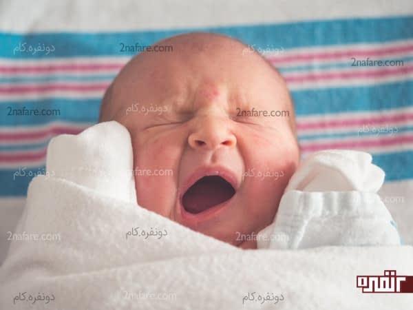 شیردهی در دو هفته اول بعد از تولد اولین واکسن نوزاده