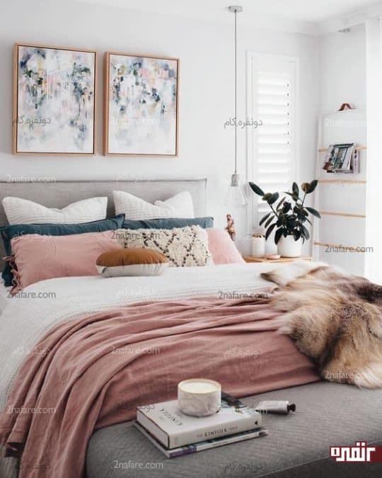 تابلوی آبرنگی با ترکیبی از رنگ های موجود در دکوراسیون اتاق خواب