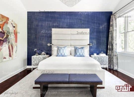 رنگ آمیزی دیوار پشت تخت متناسب با رنگ مبلمان