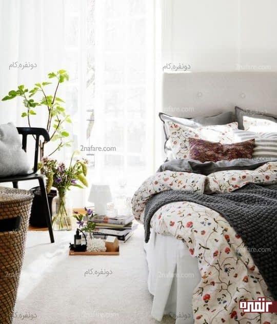 طرح گل های ریز در رو تختی و ملافه ها