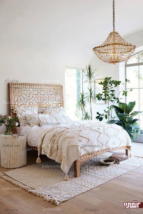 مجموعه ای زیبا از گل های سبز و بهاری در اتاق خواب