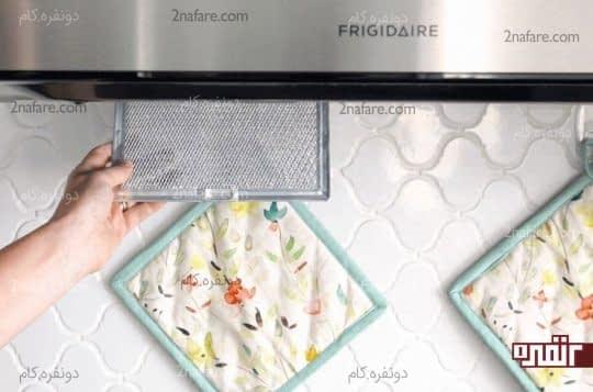 چطور فیلتر هود آشپزخونه رو تمیز کنیم؟