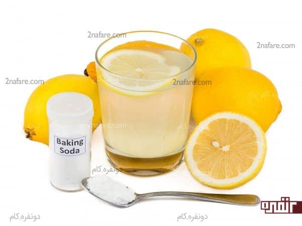 با استفاده از اسکراب جوش شیرین و آب لیمو ناخون هاتون رو تمیز کنین