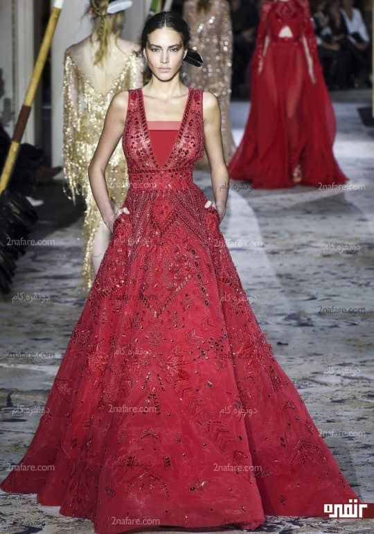 لباس قرمز زرشکی